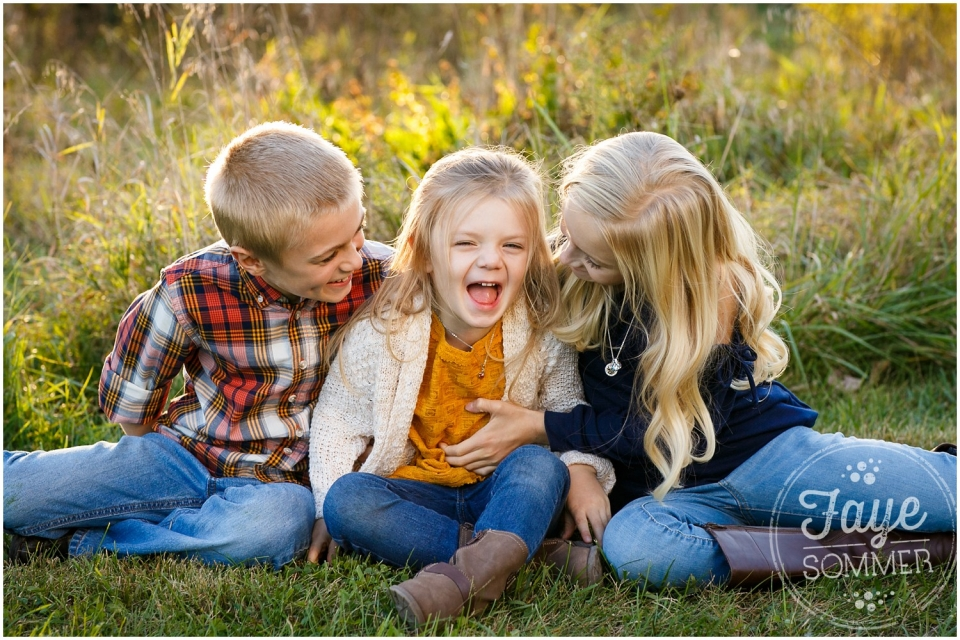 siblin giggles tipp city family photographer
